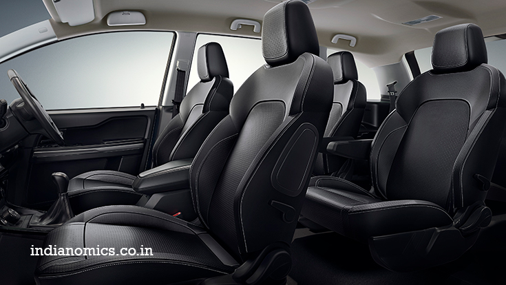 TATA HEXA Leather seats, with contrast stitches