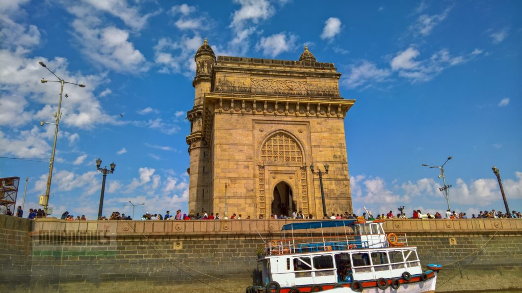 Gateway of India right side
