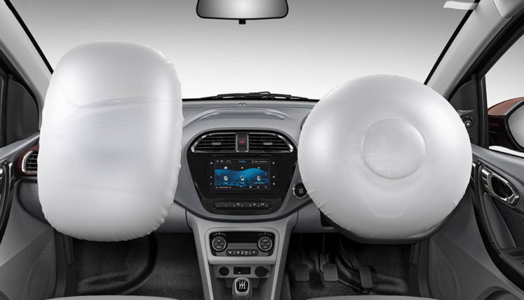 Dual frontal airbags for safety