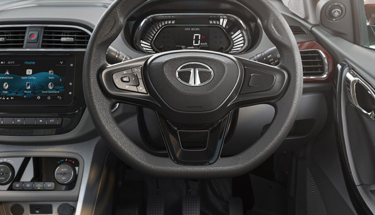 Flat bottom premium steering wheel - just like in the Tata Altroz
